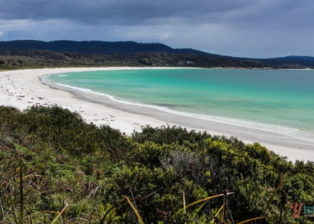 6 Cool Beaches in Tasmania to Visit