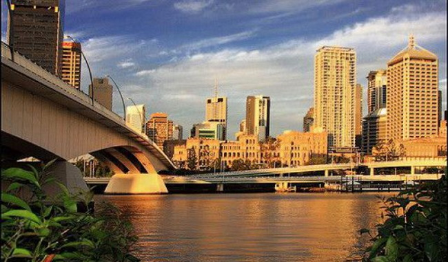 Tour to Brisbane River